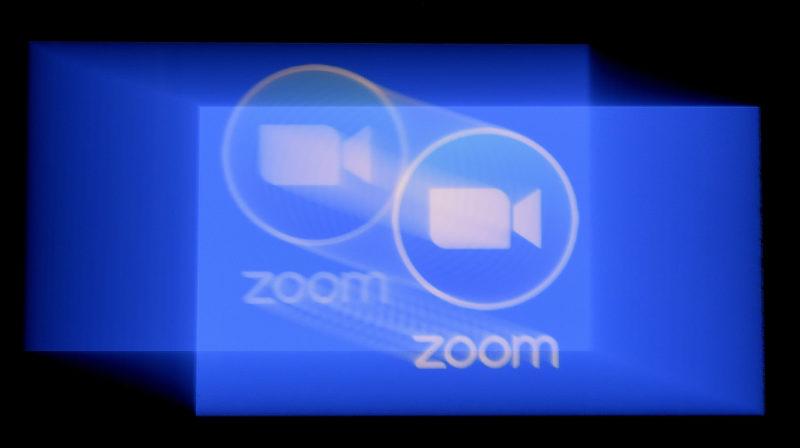Logotipo da plataforma de conferência Zoom. Crédito: Olivier Douliery/AFP (Getty Images)
