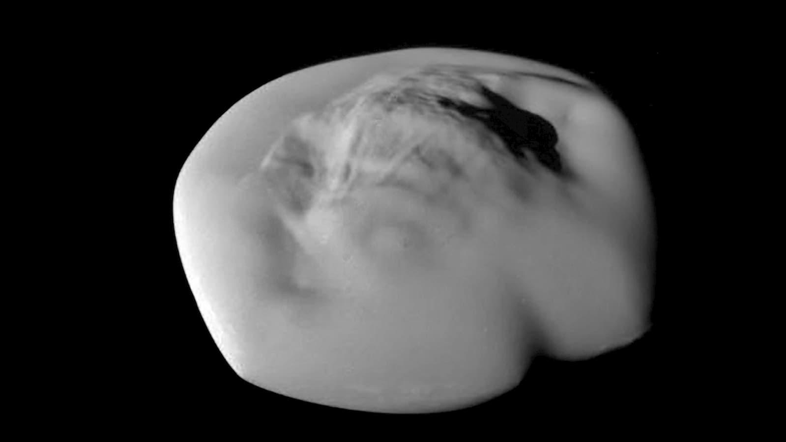 Atlas, a lua em formato de ravioli dos anéis de Saturno