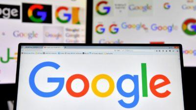Logo do Google aberto em um computador
