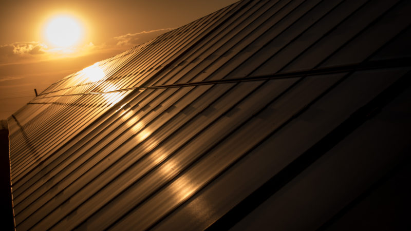 Placas de painel solar. Crédito: Getty Images