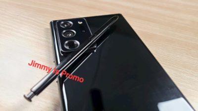 Foto da traseira do suposto Galaxy Note 20 Ultra na cor preta