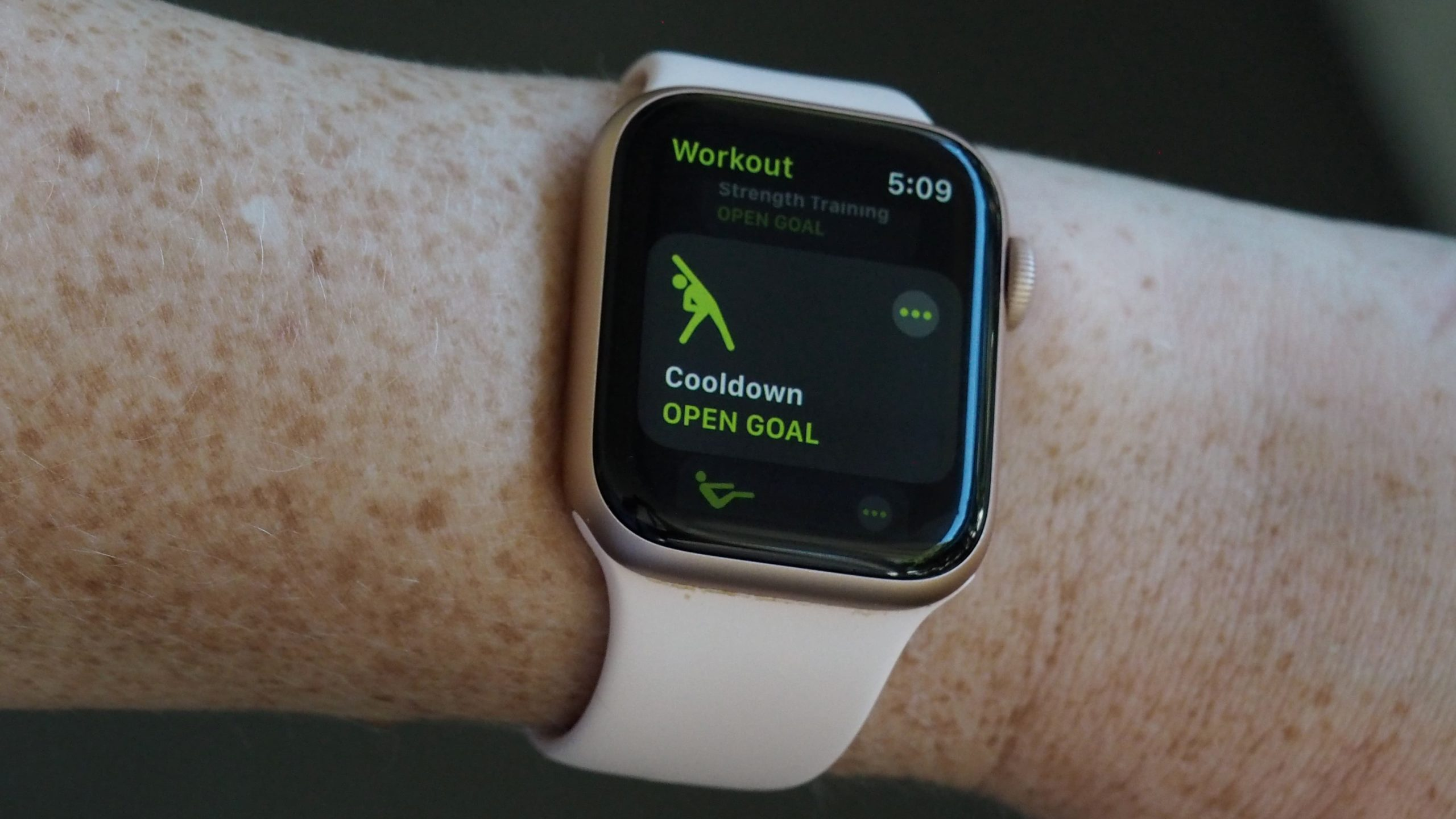 Tela do Apple Watch rodando watchOS 7