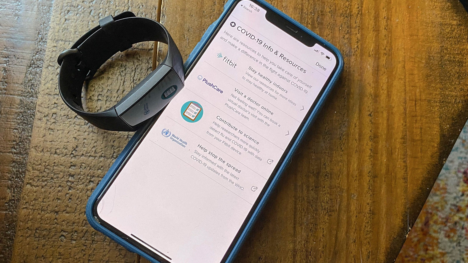 Tela do app da Fitbit com sistema para tentar detectar COVID-19. Crédito: Victoria Song/Gizmodo