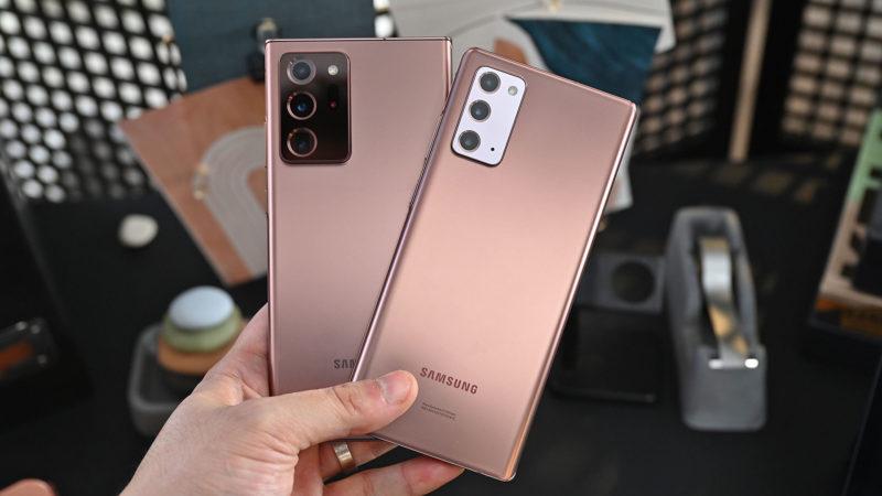 Galaxy Note 20 Ultra e Galaxy Note 20. Crédito: Sam Rutherford/Gizmodo