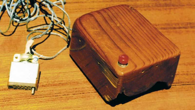 Uma das primeiras versões do mouse de computador.