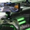 Controle do Xbox com smartphone rodando Project xCloud, da Microsoft. Crédito: Alex Cranz/Gizmodo