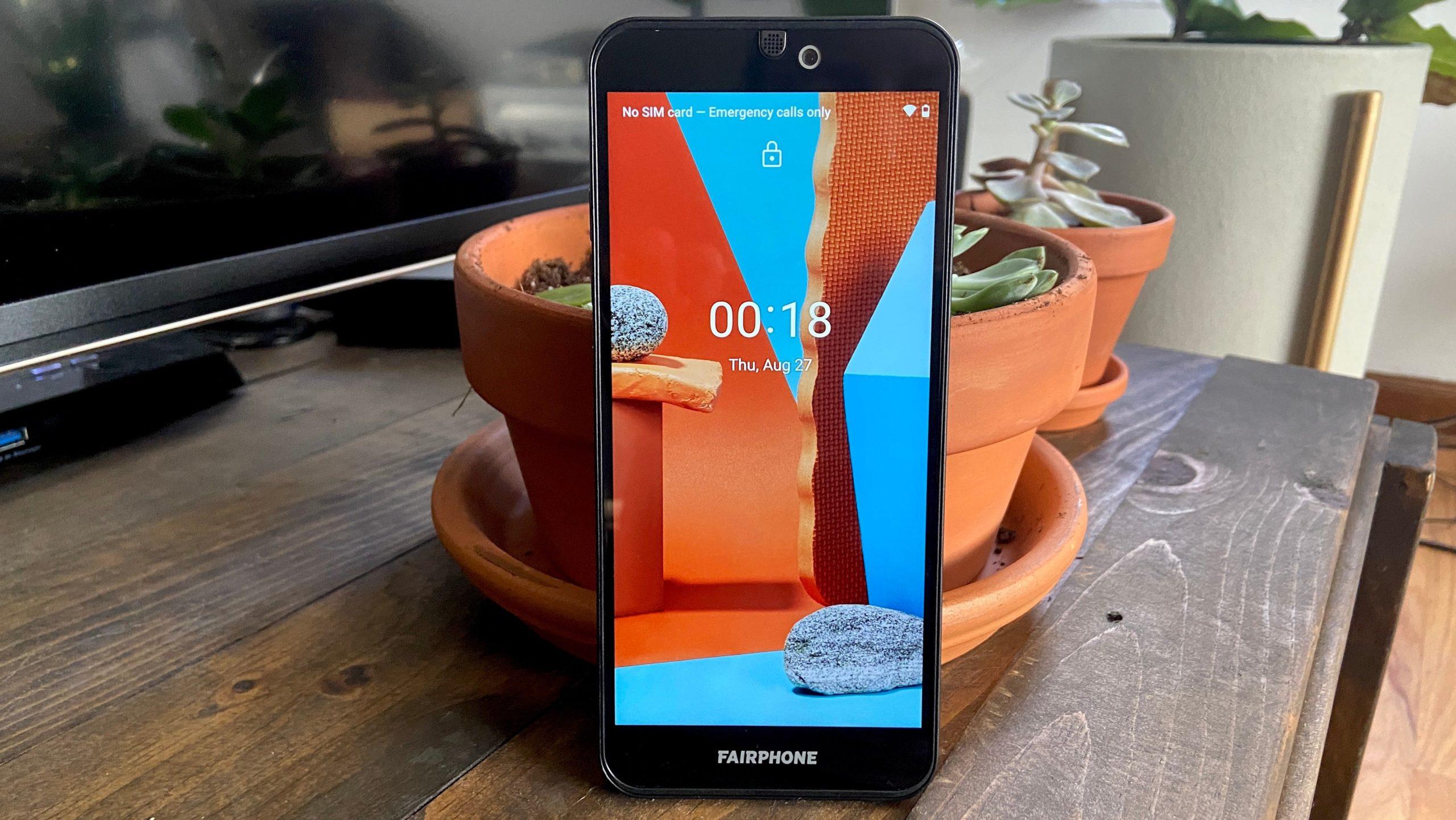 Fairphone 3 ganha nova versão com mais módulos de câmera. Crédito: Fairphone