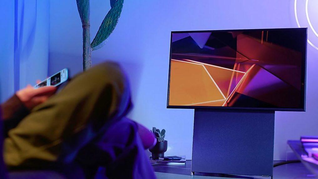 TV The Sero, da Samsung, na posição horizontal. Crédito: Samsung