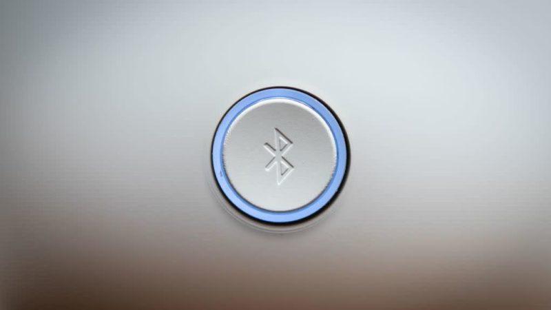 Botão com logotipo do Bluetooth. Crédito: Omar Torres/Contributor (Getty Images)