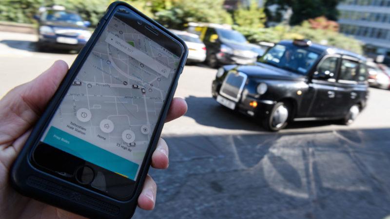 Depois de ser suspenso, liberado e suspenso de novo, Uber obtém nova licença para funcionar em Londres. Crédito: Leon Neal (Getty Images)