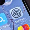 Ícone do Settings (Ajustes), do iOS, numa tela de iPhone. Crédito: Gizmodo