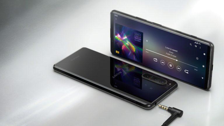 Sony Xperia 5 II é um smartphone elegante, sofisticado e caro