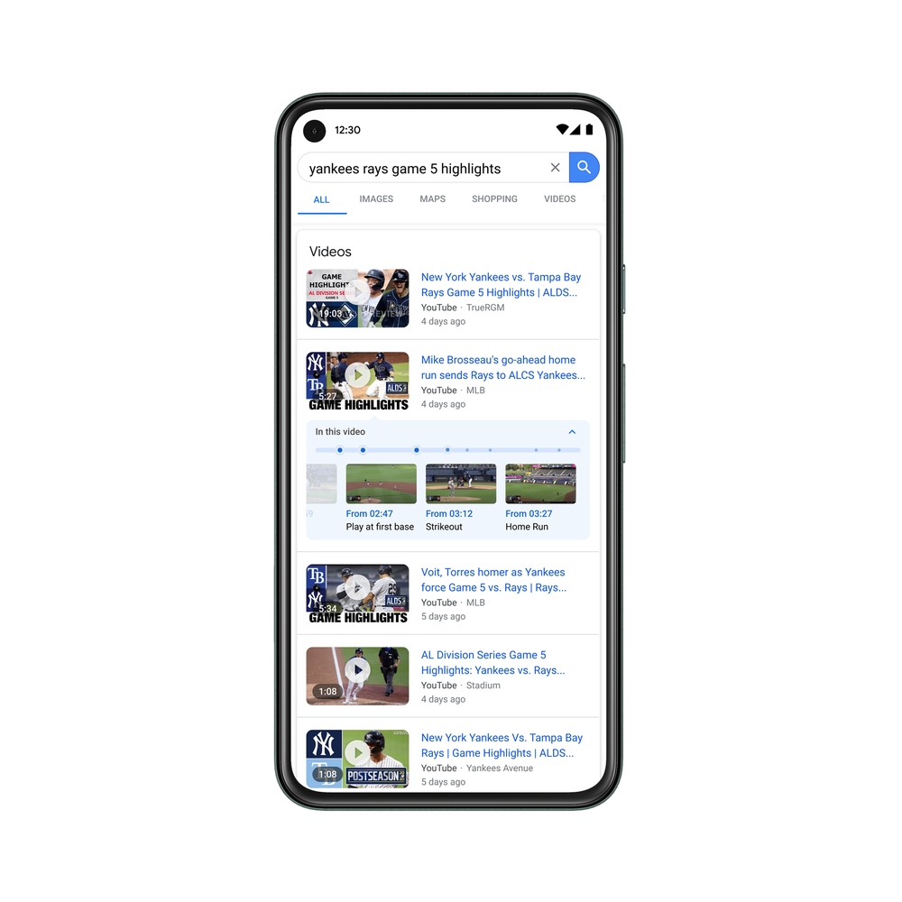 Google screen with a search for the best moments of a baseball game. In the second video result, there is a timeline with several points and comics from different moments of that video.