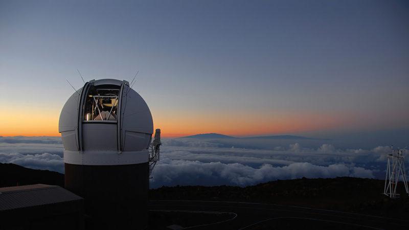 Telescópio Pan-STARRS. Imagem: Universidade do Havaí