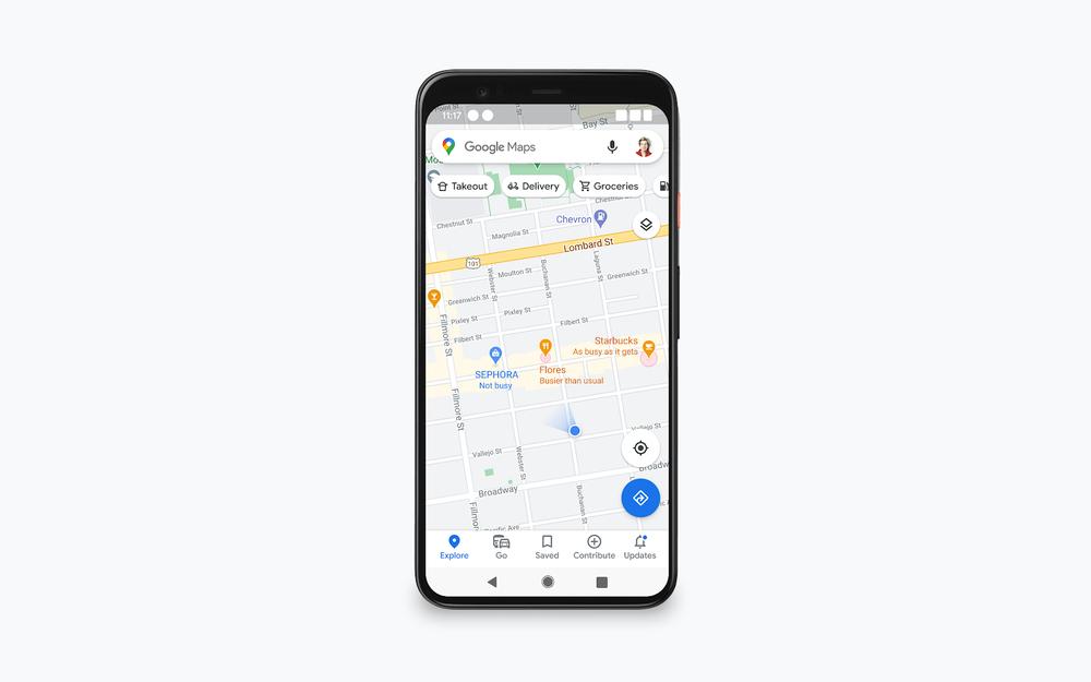 Tela do Google Maps mostra locais e informações sobre se há poucas ou muitas pessoas neles no momento.