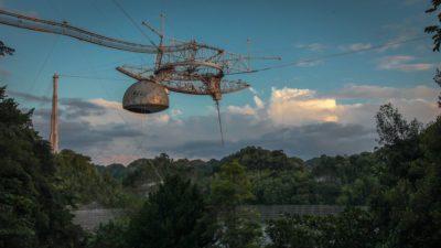 Observatório de Arecibo. Imagem: NSF (Twitter)