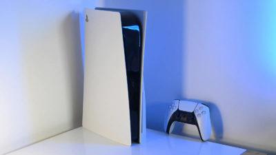 PS5. Imagem: Sam Rutherford/Gizmodo