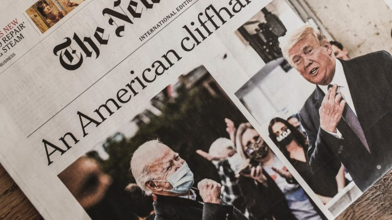 Donald Trump, Joe Biden. Imagem: Markus Spiske (Unsplash)