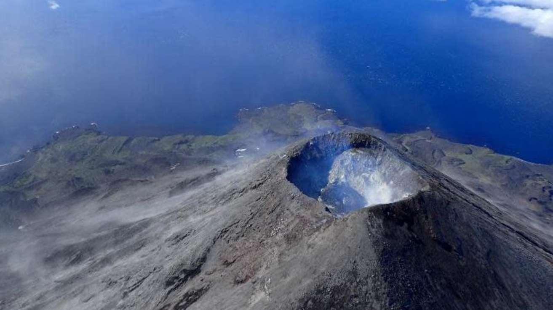 Cratera do Monte Cleveland no Alasca. Imagem: Cindy Werner/USGS
