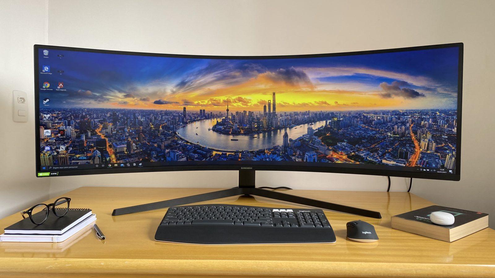 Review Monitor Samsung Odyssey G9. Imagem: Caio Carvalho (Gizmodo Brasil)