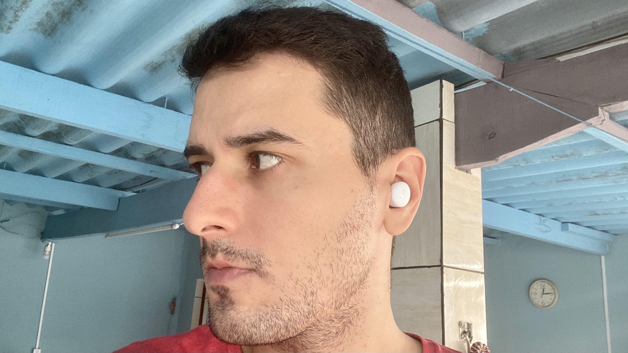 Realme Buds Q Review. Imagem: Caio Carvalho (Gizmodo Brasil)