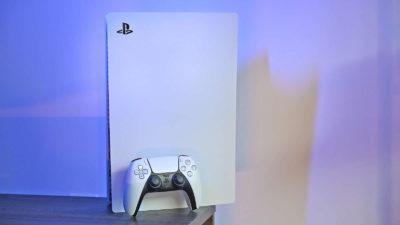 PS5. Imagem: Sam Rutherford/Gizmodo