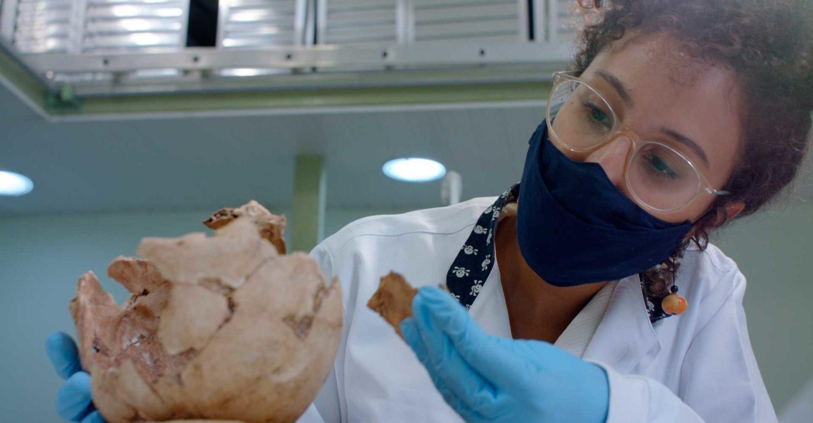A cientista Mariana Ingles, criadora do Evolução para Todes