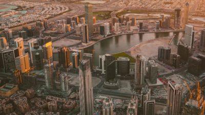 Dubai. Imagem: Ling Tang/Unsplash